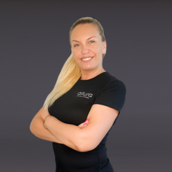 Елена Сельченкова